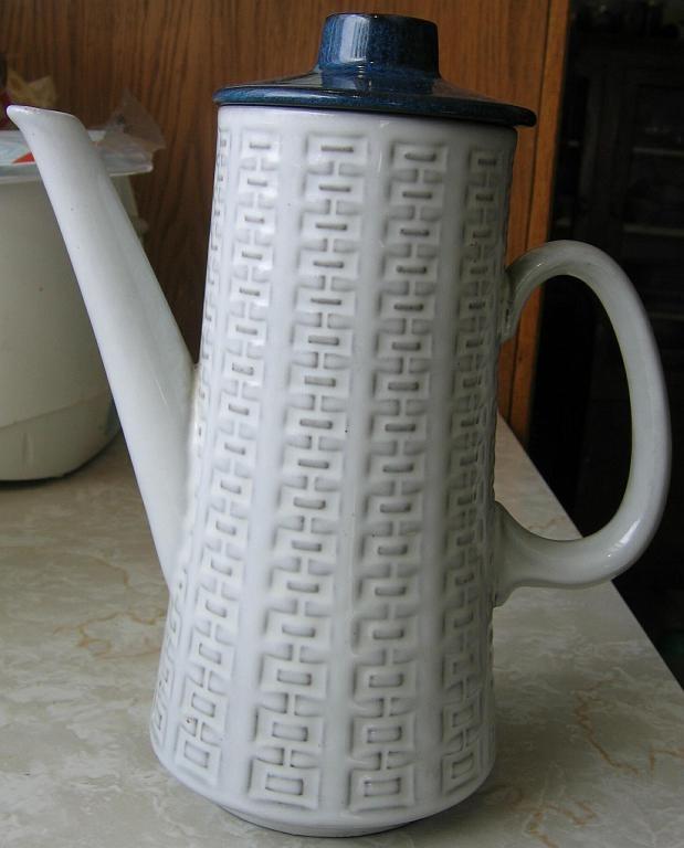 Ceramano-Tea-Pot