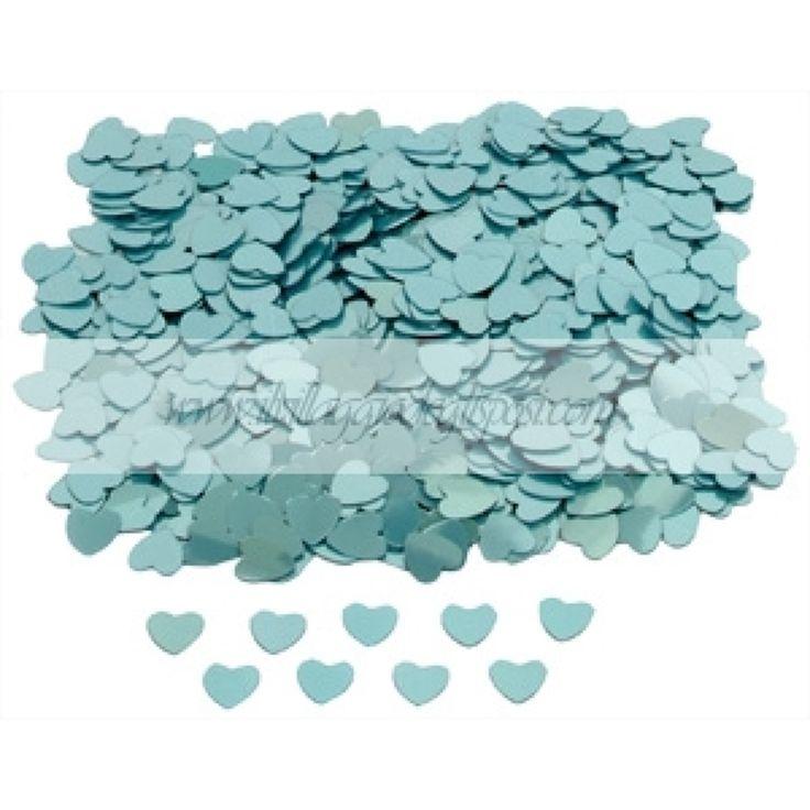 Coriandoli a forma di cuoricini tiffany/ Tiffany hearts confetti.Disponibili su http://www.ilvillaggiodeglisposi.com/