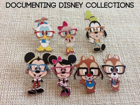 Document Disney collections - I want to try this with the bulk pins I purchase from amazon then compared to what I bring back from the park.