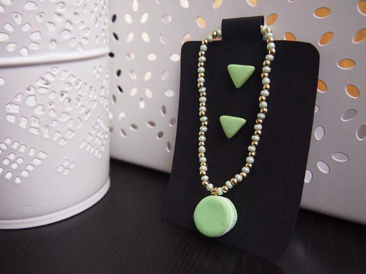 🍃 Verde menta 🍃 • PER ACQUISTARE CONTATTAMI 📱 Direct 💌 potpourridsgn@gmail.com #️⃣ #potpourridesign #macarons #dolci #orecchini #triangoli #verde #menta #green #mint #regalo #dolci #laduree #colori #gioielli #photooftheday #followme #earrings...