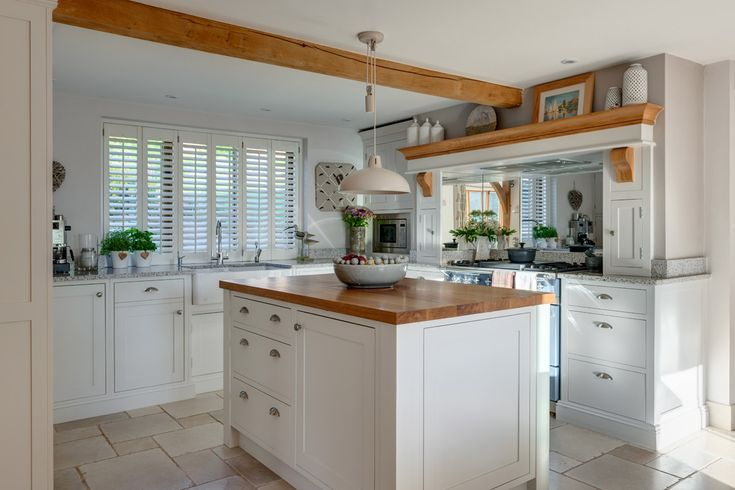 Oak frame kitchen ideas. #kitchenideas #oakframe #oakbeams #white kitchen #shakerkitchen