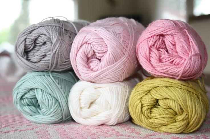 Pretty colors. Yarn from Søstrene Grene. #garn #farger