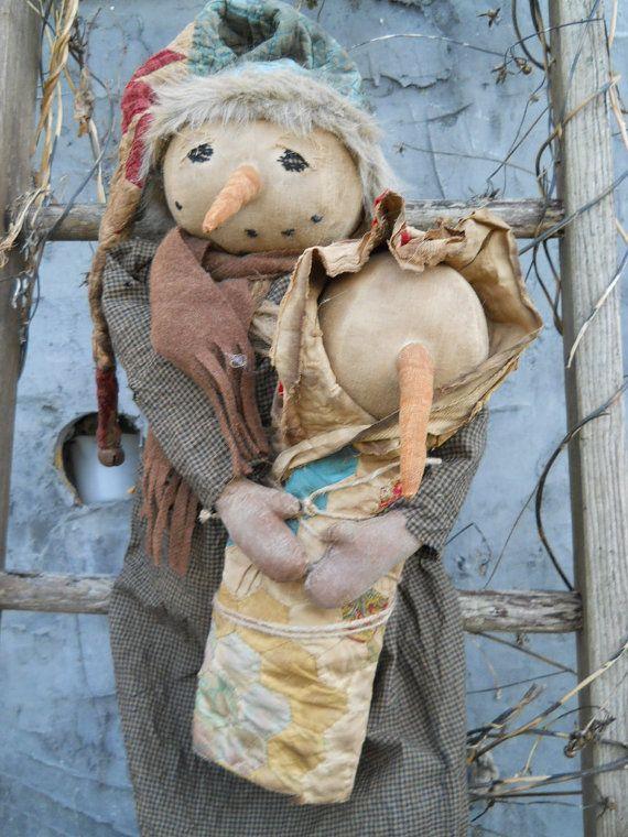 Momma & baby snowman via Etsy