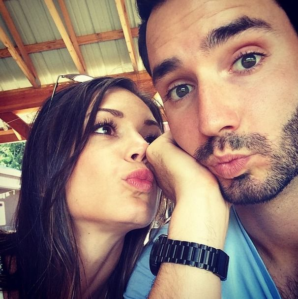 Chris Siegfried Reveals Whether He and Desiree Hartsock Will Be Married on TV? Well, it's official guys. At least, if you count Twitter as a source. The TV wedding we've been hoping for, that of the nuptials between The Bachelorette Season 9's Desiree Hartsock and fiancé Chris Siegfried, ain't gonna happen.