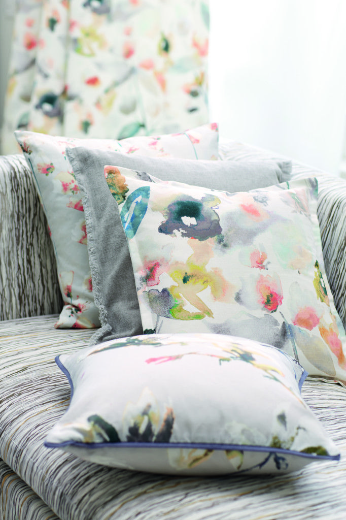 Romo Saphira Blush from Rodgers of York - How to style your home with florals. #interiors