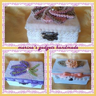scatoline decorate con applicazioni all'uncinetto