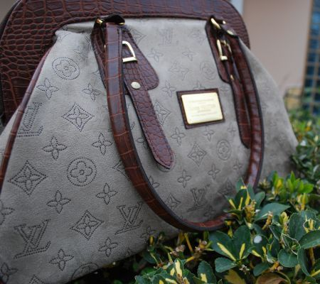 """""""Louis Vuitton"""" Tarzı Çanta http://www.opuspocusbutik.com/urun/34louis-vuitton34-tarzi-canta/220323"""