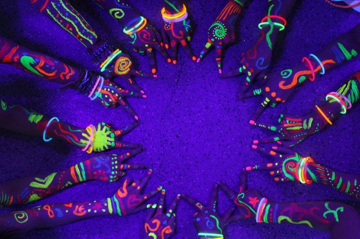 Tinta neon para pintar as crianças