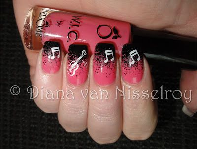 D.I.A.N.A.: Concert nails for Rod Stewart with my Daddy ;)