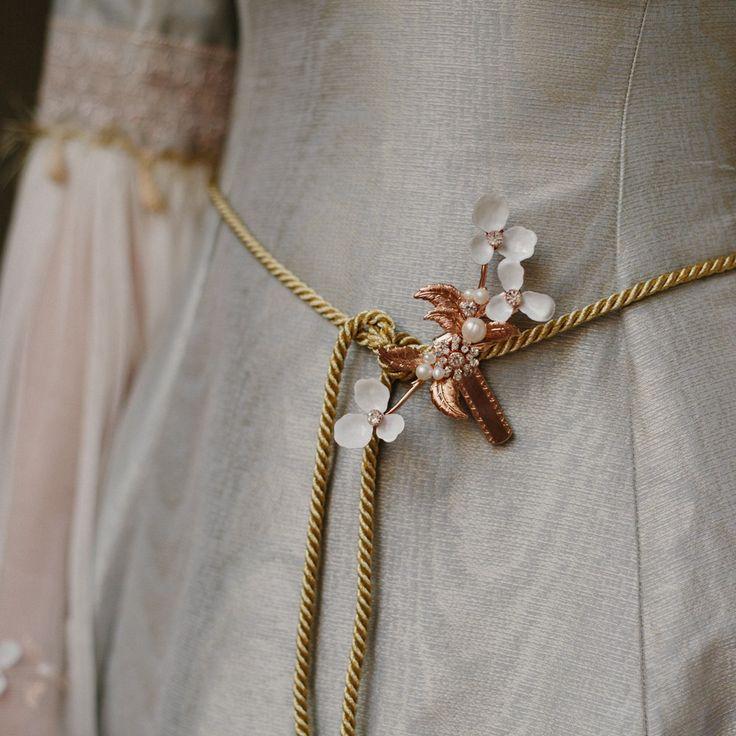 DAINTY DELIGHT DRESS CLIP  STYLE NO. 2125