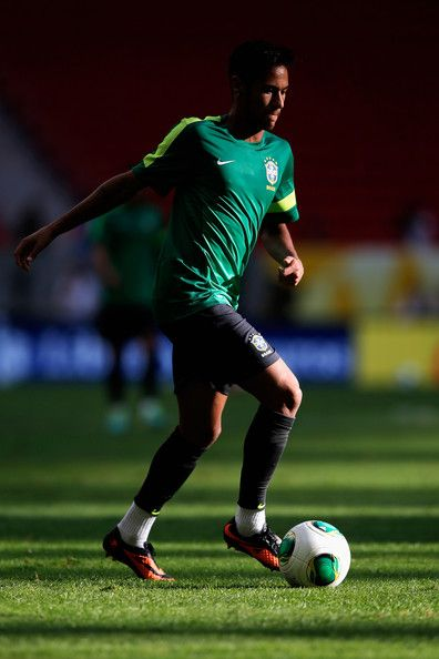Neymar Photos Photos - Neymar of Brazil runs with the ball during the Brazil Training Session at the FIFA Confederations Cup 2013 at  Estadio Nacional on June 14, 2013 in Brasilia, Brazil. - Brazil Training Session