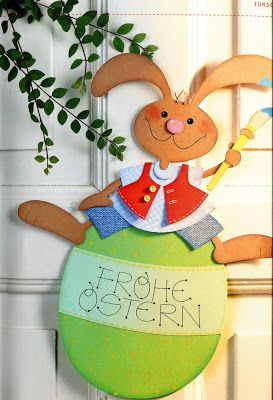 'Happy Easter' sign bunny - Easter paper craft pattern