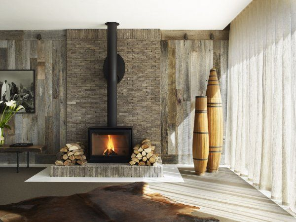 Elle Macpherson's house in the Cotswolds is pretty inspiring for design.
