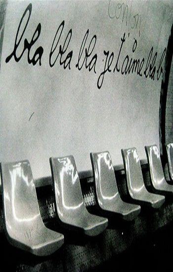 """Dire """"je t'aime"""" ne suffit pas... / Street Art graffitti. /  Station de métro. / Metro station. / Paris, France, 2014."""