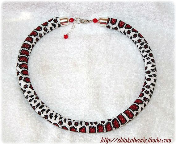 Red milk snake skin pattern bead crochet rope by Shinkabeads