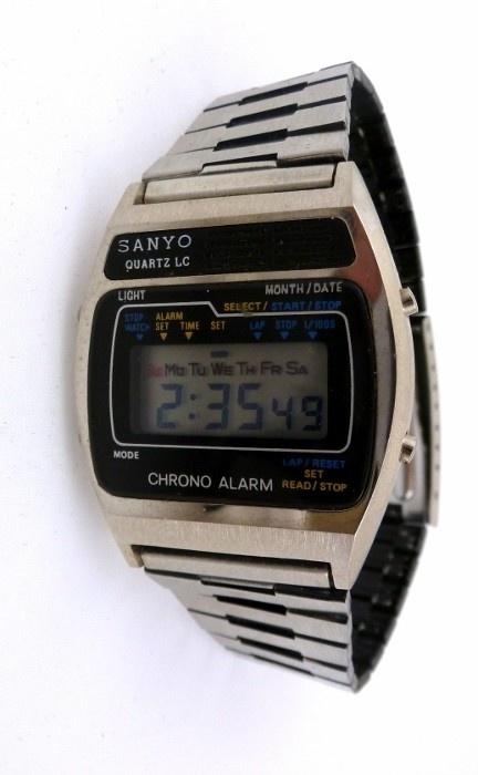 Sweet 1980's SANYO Quartz LC Chrono Alarm Digital LCD Watch