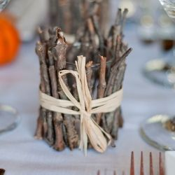 DIY Rustic Candle Votives for a chic autumn wedding!