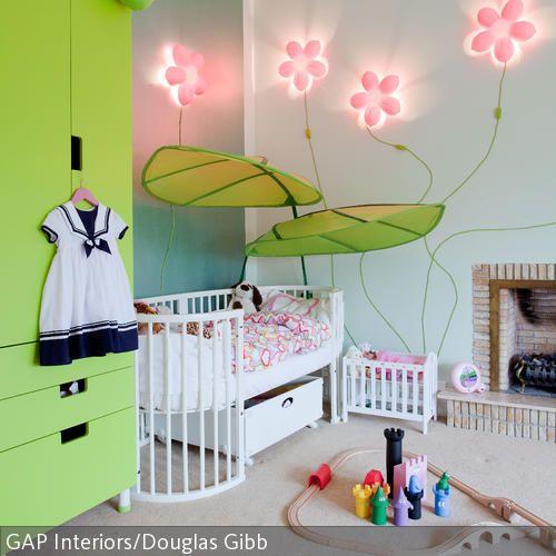 Das Mädchenzimmer ist ein Raum, der speziell auf die Bedürfnisse von Mädchen bzw. auf den individuellen Charakter Deiner Tochter abgestimmt ist. Das  …
