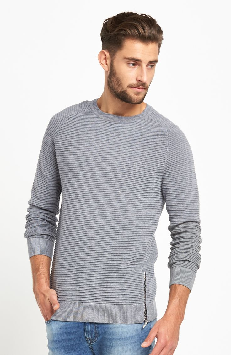 Pletený pulóver s horizontálnym vrúbkovaným vzorom, dlhými rukávmi