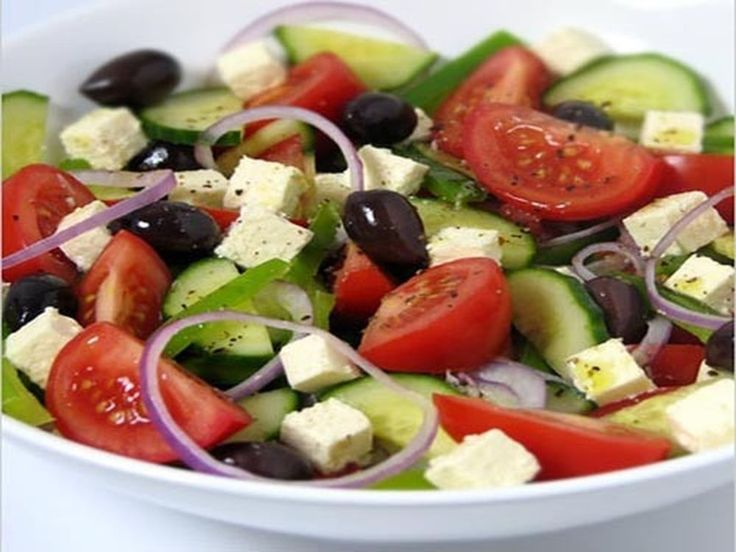 Greek traditional food : Greek salad Horiatiki salata RECIPE