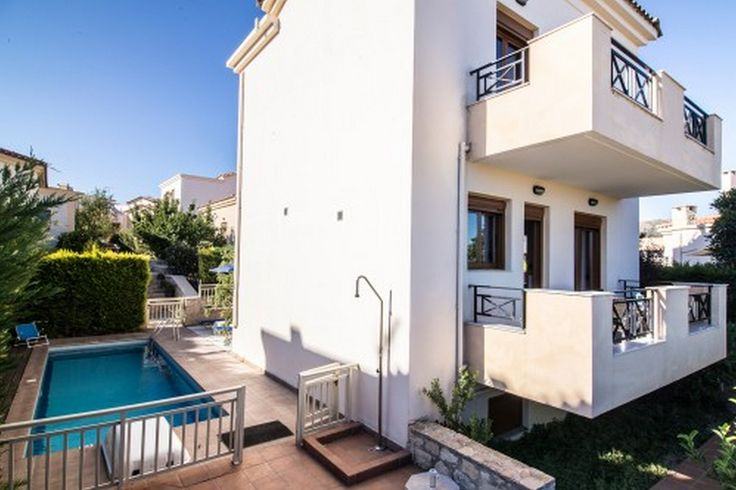 Holiday home with private pool, sea view, 2 bedrooms and 2 bathrooms