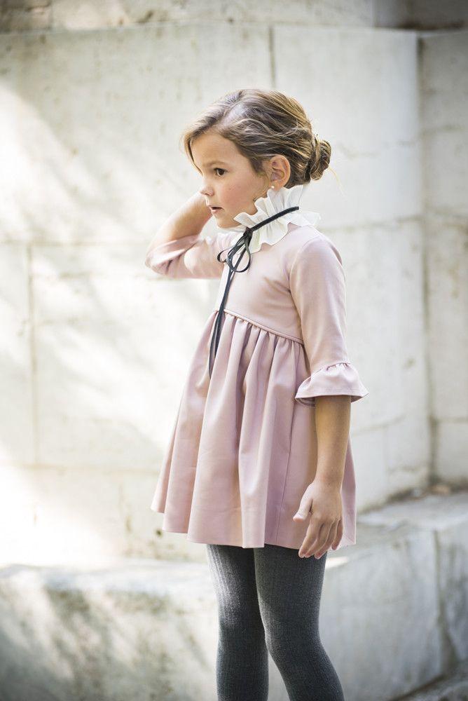 Ropa de niños por encargo especializada en vestidos para ceremonia.y Primera Comunión.