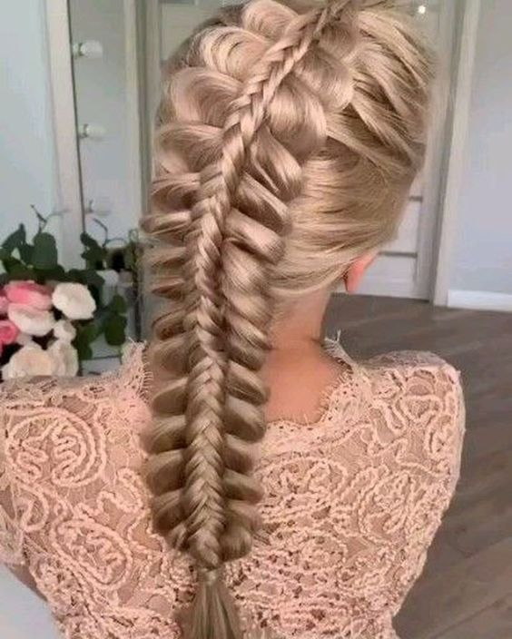 29 Trendy Braided Hairstyles For Long Hair To Look Amazingly Awesome : Page 18 of 26 : Creative Vision Design