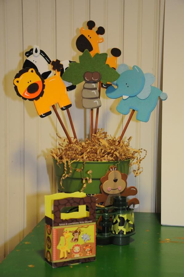 Jungle baby shower centerpiece for more jungle safari for Baby shower safari decoration
