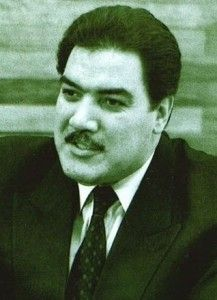 Mohammad Najibullah (Afghanistan) Millioner af døde 0,3 Først morderisk chef for det hemmelige politi, siden Afghanistans præsident under sovjetisk okkupation. Da Kabul faldt til muhajedinerne, blev M.H. kastreret, slæbt til døde efter en bil og hængt til offentlig skue.