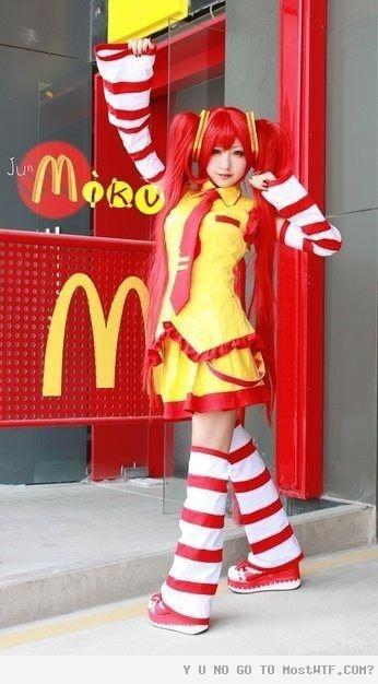 Miku DonaldsHatsune Miku, Cosplay, Japan, Halloween Costumes, Miku Donald, Ronald Mcdonalds, Fast Food, Clowns, Mikudonald