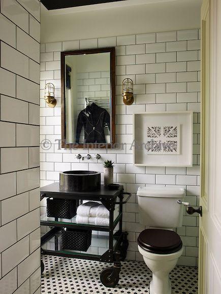 Black & White Bathroom - Industrial style