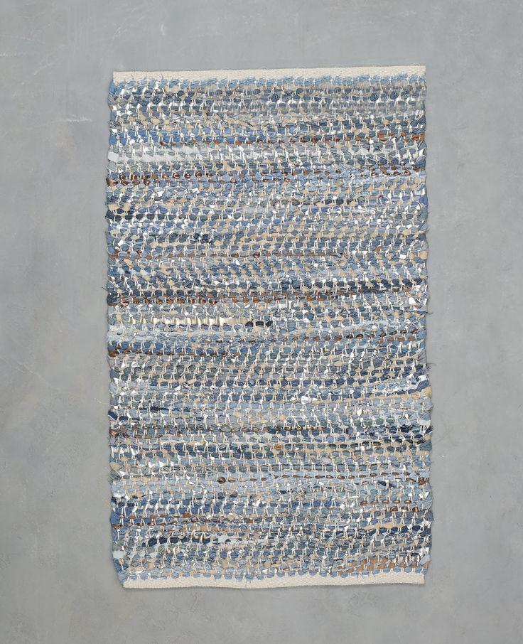 Tapis tissé en jean et simili cuir