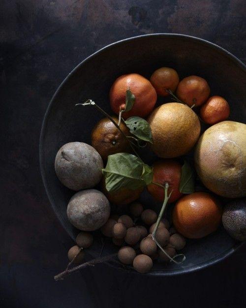 Petit Cabinet de Curiosites: Fruit Bowls, Wedding Ideas, Earth Tones, Still Life, Colors Palettes, Fruit Diet, Food Photography, Low Keys, Life Photography