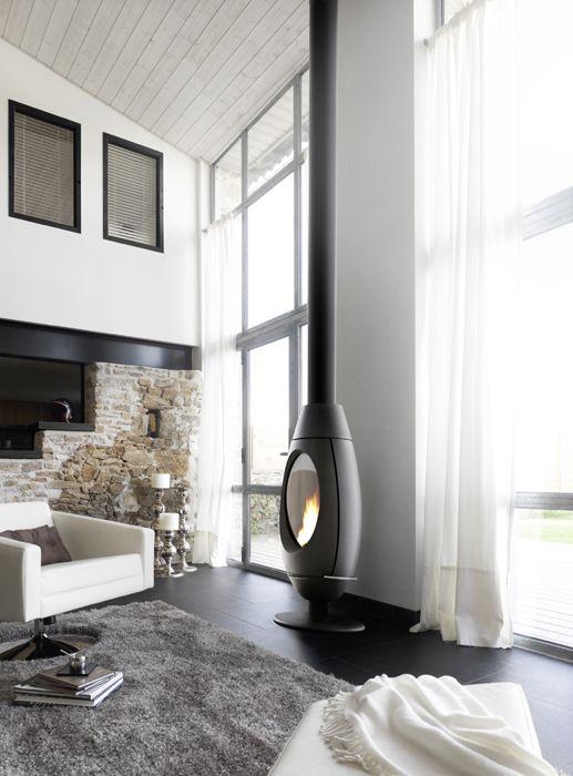 Poêle-cheminée Ove | Invicta, spécialiste européen du chauffage au bois (dont un catalogue fourni en poêle à bois et foyers-inserts)