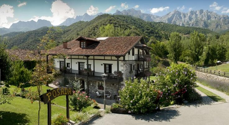 Posada San Pelayo Camaleño Surrounded by the breathtaking mountain scenery of the Picos de Europa National Park, this rustic-style hotel boasts charming design and an outdoor pool with great views.