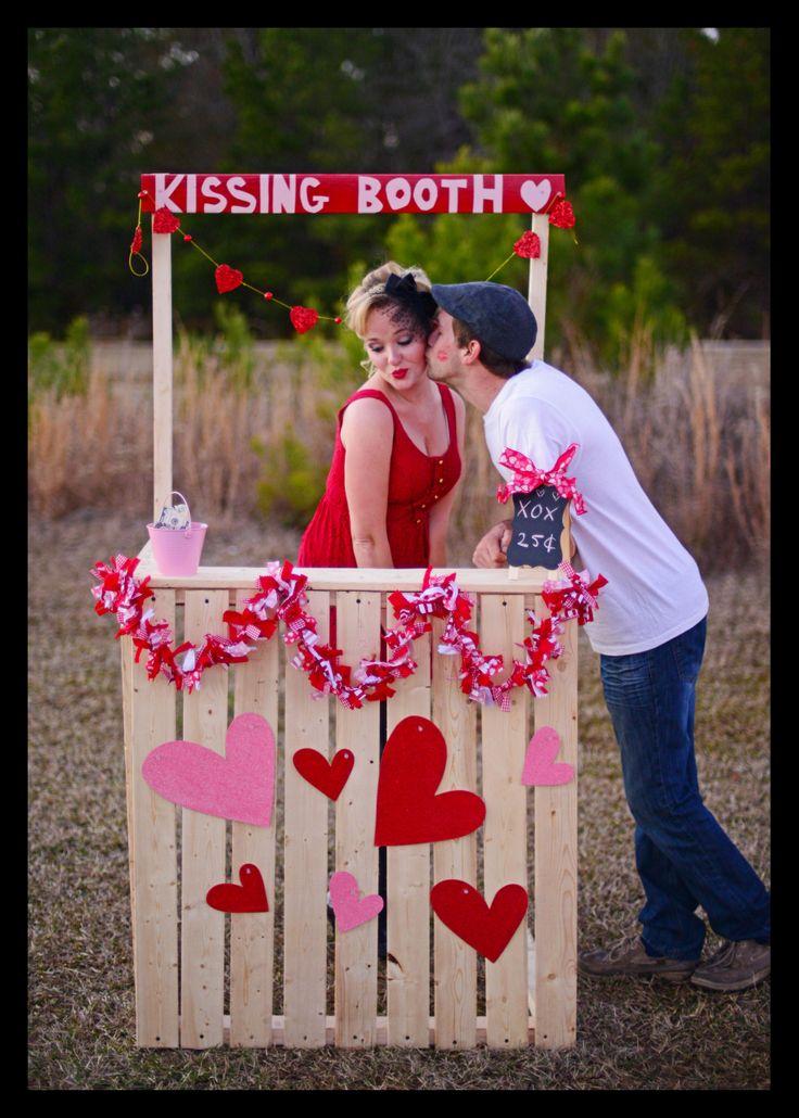 Para la hora loca: Kissing Booth. Así repartimos el amor y sirve de escenario perfecto para fotos. #PandoraNovia #PandoraRD