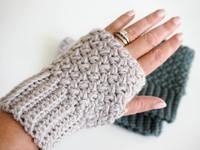 Easy Elizabeth Stitch Fingerless Gloves Crochet Pattern