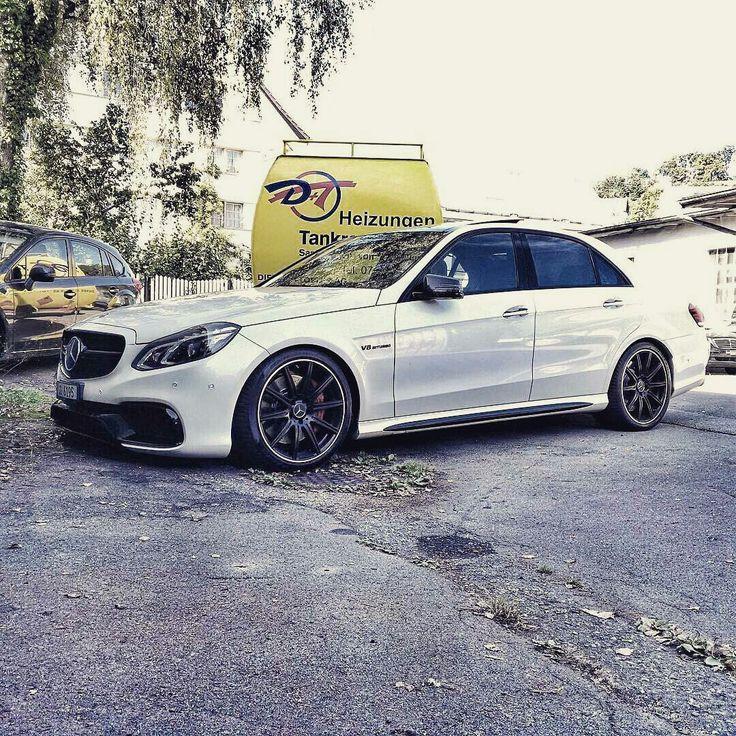 Mercedes E63 AMG •W212