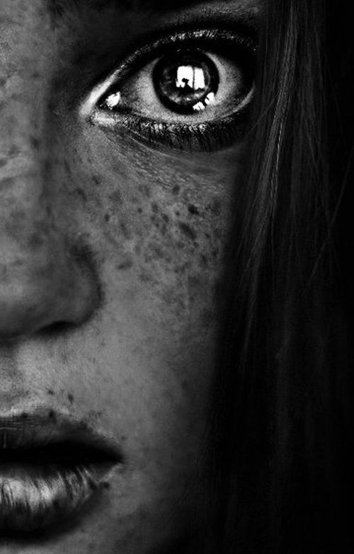 reflection: Emotional Photography Faces, Reflection Photography, Beautiful, Black And White Faces, Photography Emotional, Portraits, Freckles, Eye, Photography Ideas
