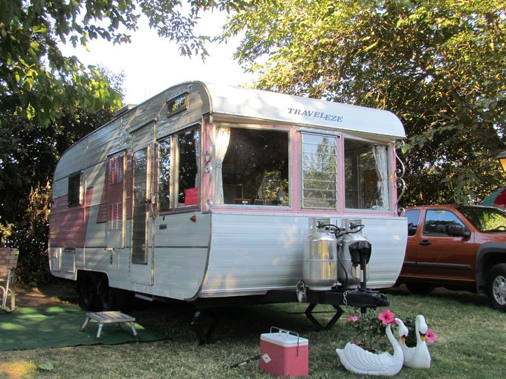 Vintage Camping Trailers | ... trailers for sale sell your trailer identify and value your trailer