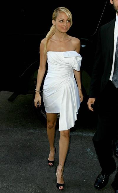 Love Nicole Ricci and this dress!!