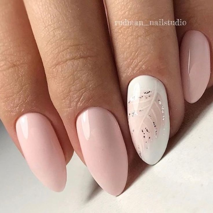 Pale feathers nails