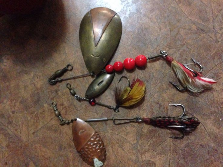 cash!! cash paid for your old fishing lures, tackle, decoys. any vintage hunting or fishing items. shell boxes, heddon, jitterbugs... i buy it all.