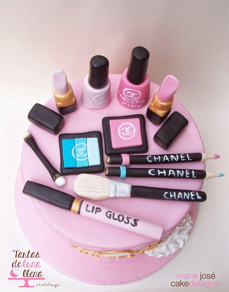 Tartas de luna llena: Tarta de Maquillaje Chanel y tutorial cómo hacer efecto acolchado en el fondant - Chanel make up cake