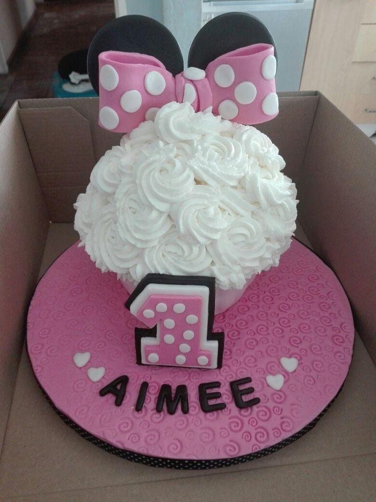 Latest creation - Minnie Mouse Smash Cake