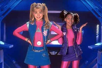 "This Is What The Cast Of ""Zenon: Girl Of The 21st Century"" Looks Like Now"