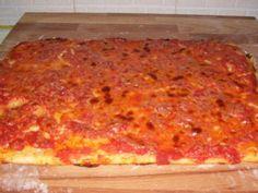 Facebook Twitter Google + WhatsApp Pinterest E se vi dicessi Bonci??????? Non vi viene in mente la prova del cuoco……..e le sue pizze belle alte e soffici??? Bonci è uno chef che adora proprio lavorare l'impasto di pane e pizza con glutine ovviamente…il suo metodo per la la pizza si basa su una lunga lievitazione …