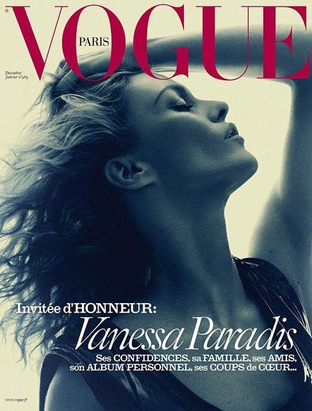 Vanessa Paradis se dénude pour Vogue