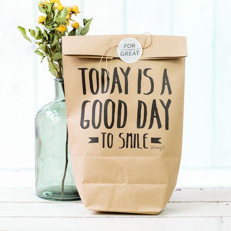 Vos cadeaux ne seront plus les mêmes grâce à ces petits sacs en papier kraft.