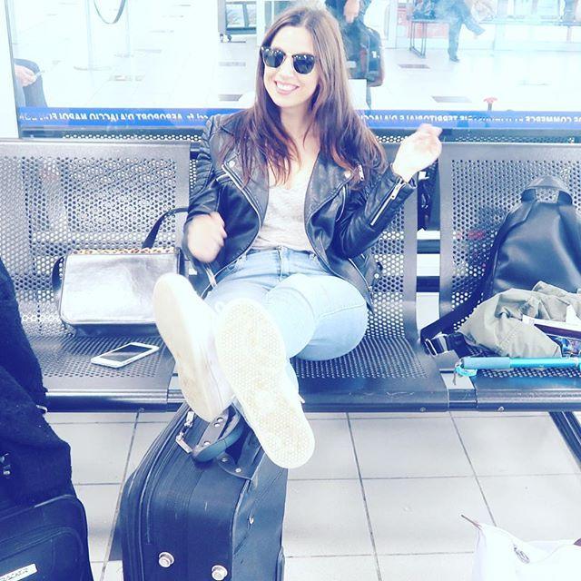 C'est parti ✈️✈️✈️ premier vol pour Nice et après je ne sais toujours pas ou on va! #mamanyoutubeuse #mummyslife #evjf #travel #airportlife